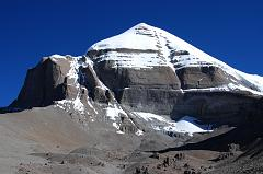Mount Kailash South Face shines beautifully in the mid-morning sun from the Inner Kora (09:13). At the bottom of the face is the Atma Linga, a pyramidal ice formation.